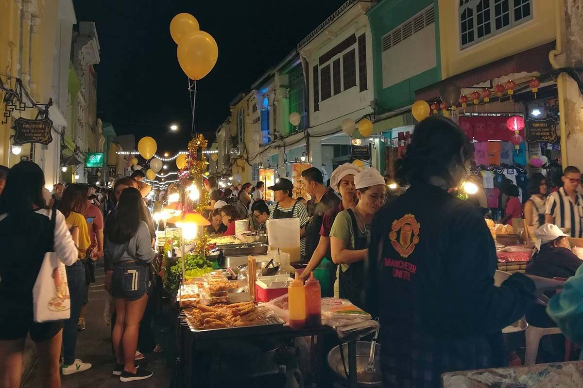 The 5 Best Markets in Phuket